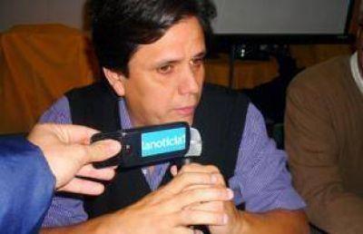"""Fernando Nouet: """"Muchos hacen campaña como si fueran elecciones para Intendente"""""""