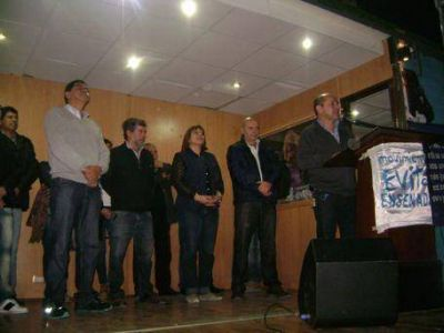 El Movimiento Evita de Ensenada realizó un acto en apoyo a la lista que encabeza Secco