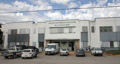 Hospital: se suspenden cirugías y no atienden los consultorios