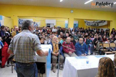 El FpV presentó a sus candidatos en Stroeder