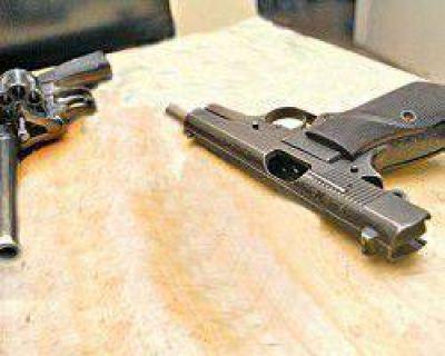 Ajuste de cuentas: secuestran armas y detienen a la novia de uno de los detenidos