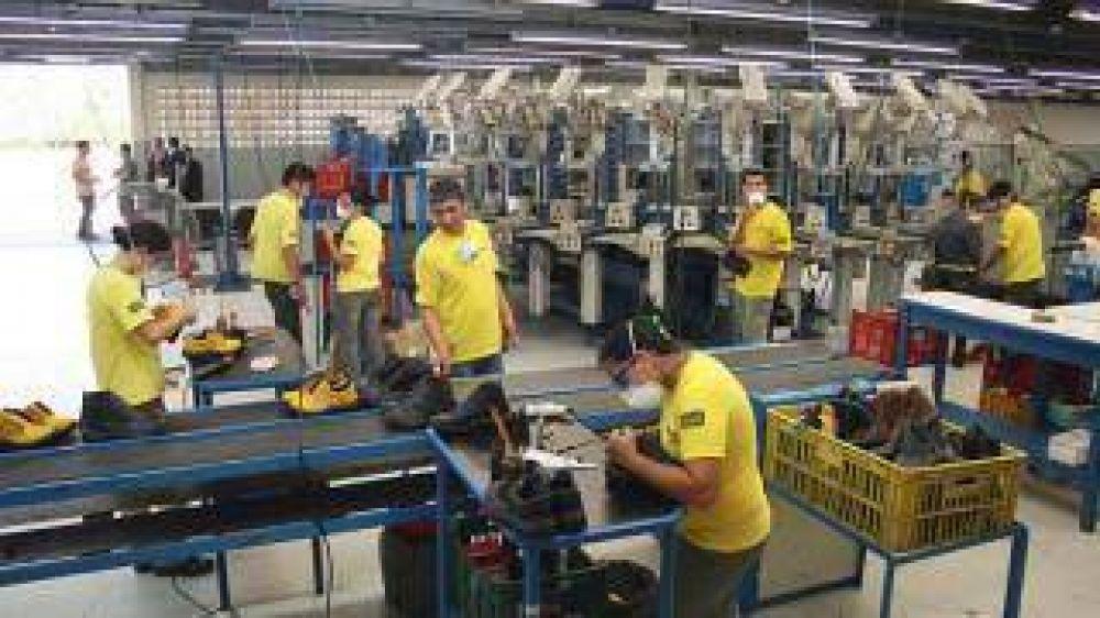 Consultora señala que en Catamarca se crearon 1.211 empleos en el sector privado en un año