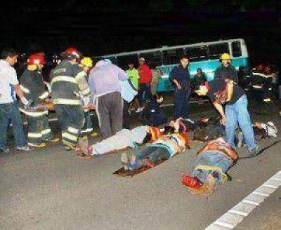 Tragedia de hinchas de Talleres de Perico: el fiscal imputó al chofer del colectivo por homicidio culposo