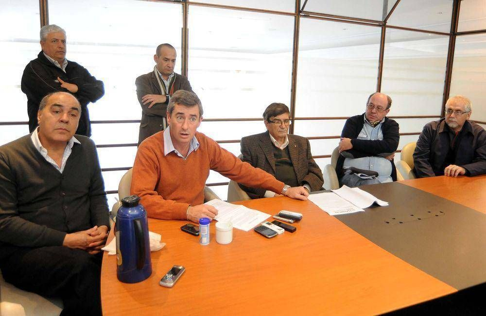 """Estatales piden audiencia con Scioli por posible """"deducción de haberes"""""""