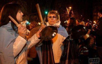 El cacerolazo perdió fuerza en Mar del Plata