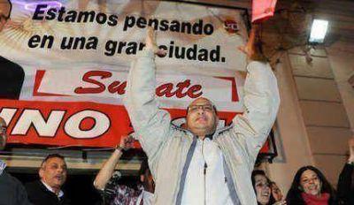 Primarias 2013: Histórico triunfo de Esteban Reino