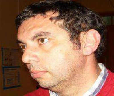Quinteros le ganó a Bonelli