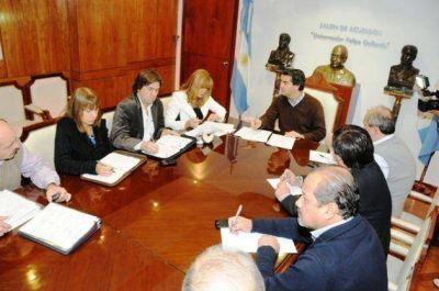 Coordinan mecanismos de financiamiento para obras en Resistencia