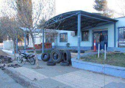 La entrega de ropa destrabó el conflicto en Plaza Huincul