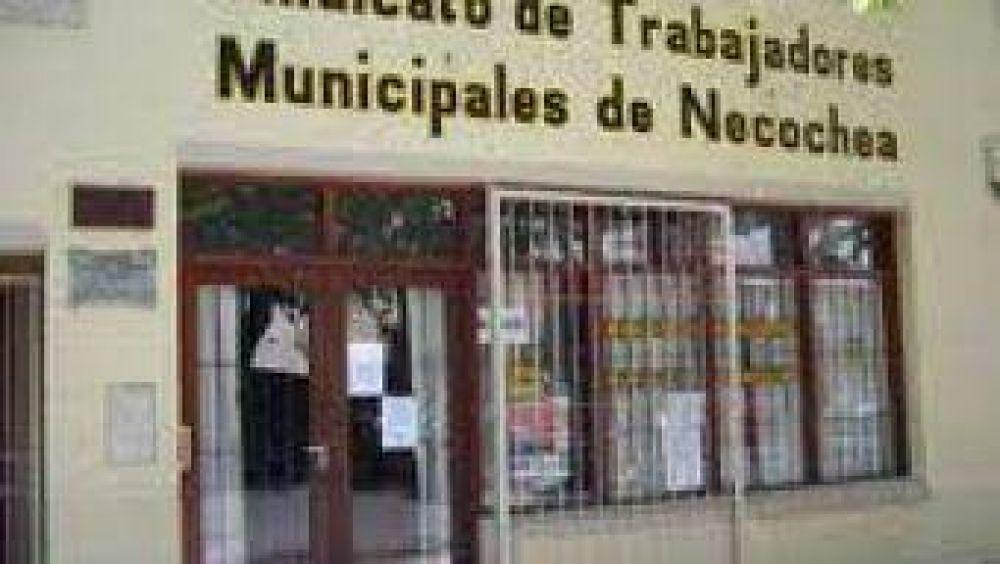 Municipales quieren un aumento del 30%