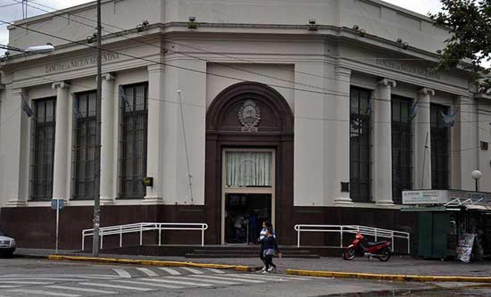 Bancarios amenazan con un paro nacional para el viernes