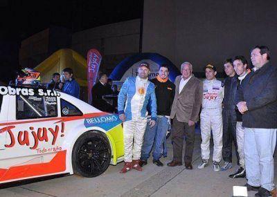 El espectáculo del Top Race sacudió el frío de la noche jujeña