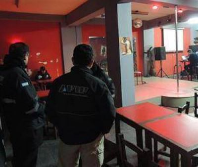 Salta: piden la renuncia del intendente detenido en un prostíbulo