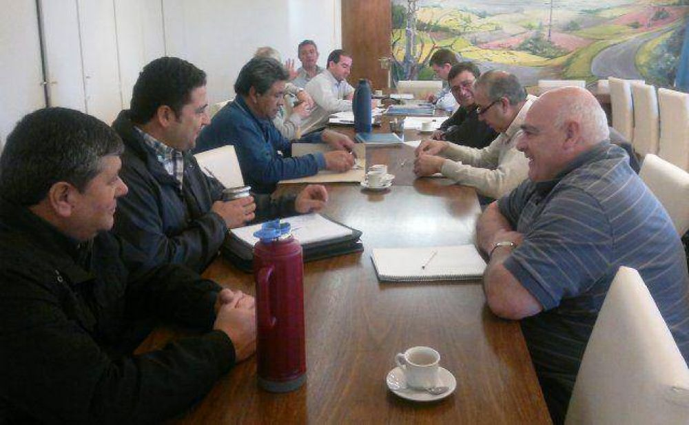 Mesa sectorial de APE: avanzó paritaria