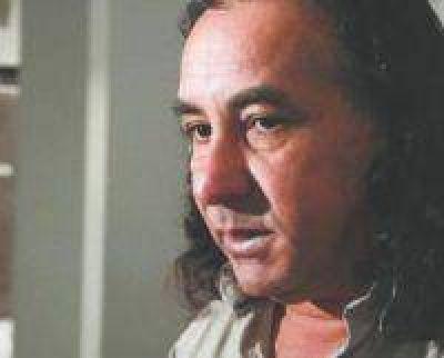 Piden la renuncia del jefe comunal detenido en prostíbulo de Salta