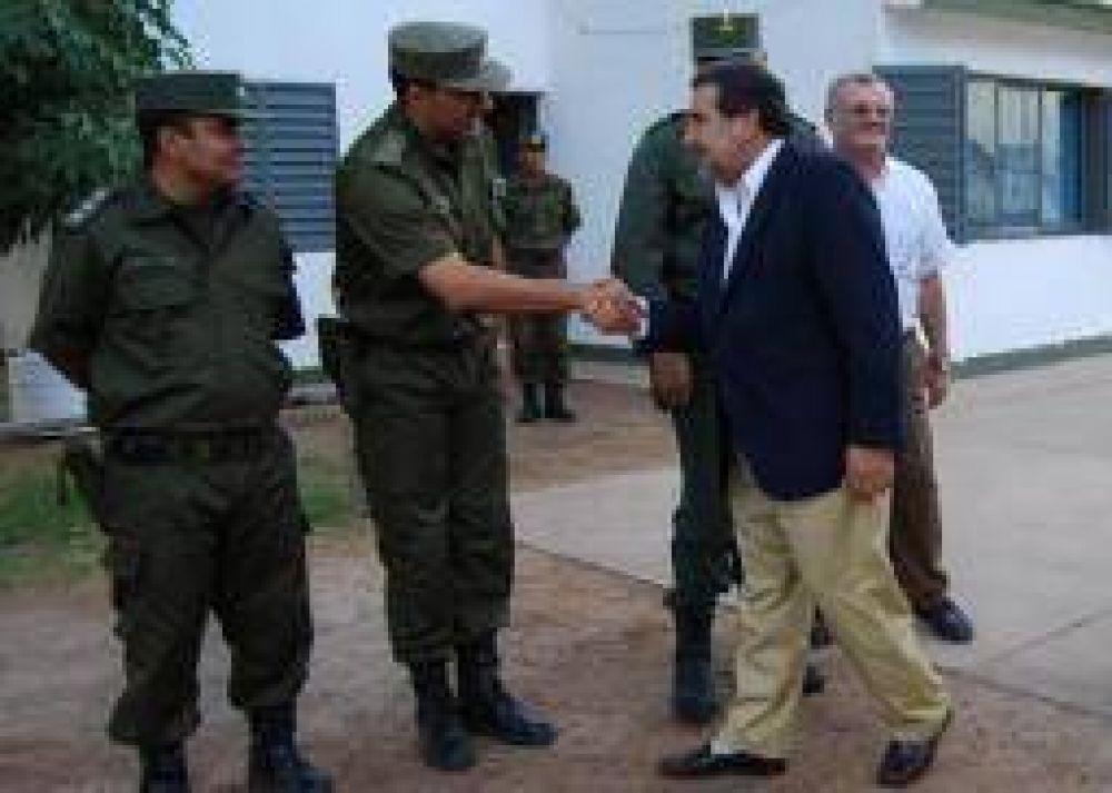 Con apoyo del gobierno, habrá mas gendarmes en La Rioja