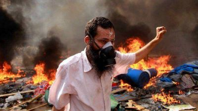 La violencia no cesa en Egipto: más de 700 muertos en tres días