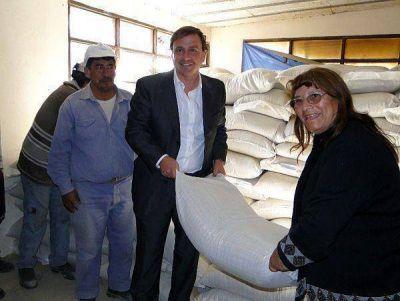 Entregaron ayuda a productores ganaderos de San Antonio y Palma Sola