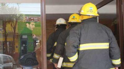 Hallan muertos a una mujer de 83 a�os y a su hijo de 35 en un departamento de Villarino y Paso