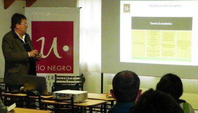 La Universidad de Río Negro informará sobre la Licenciatura en Economía