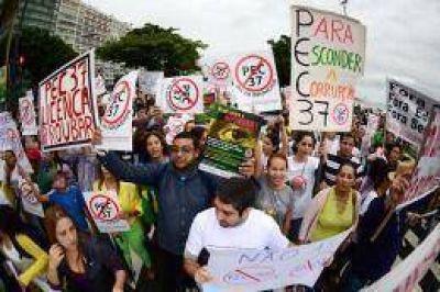 Nuevas protestas en Brasilia y en Río de Janeiro