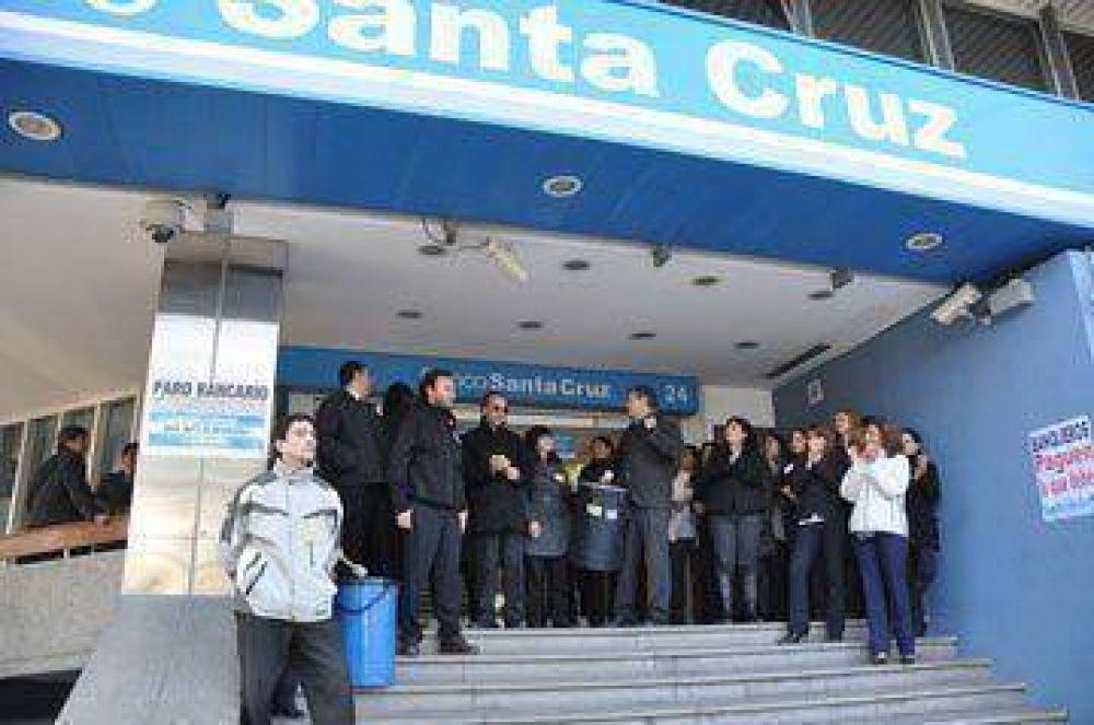 Bancarios reclaman ante básico de $ 452