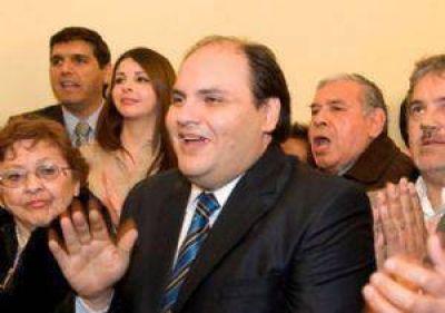 El ministro de Gobierno se reúne con los intendentes del oficialismo