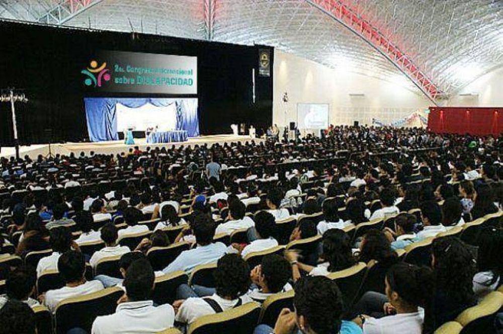 Capitanich, Ayala y Espínola abren el Ciclo de Conferencias en el Domo