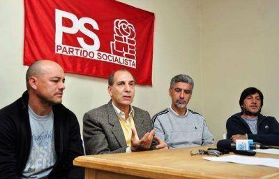 Socialismo: reproches para Peppino