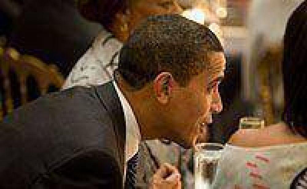Obama da un paso atrás y no publicará fotos de torturas a prisioneros