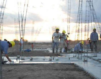 Ocho empresas se postulan para construir 825 viviendas