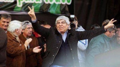 """Hugo Moyano: """"Daniel Scioli no puede conducir el pa�s"""""""