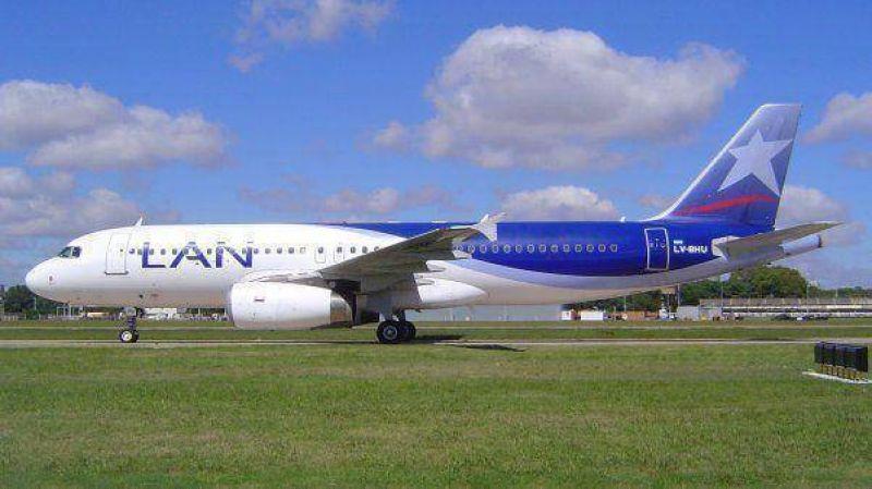 Pilotos amenazan con un paro general por el conflicto de LAN