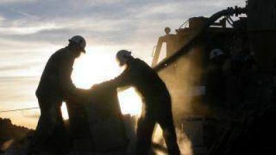 El 61% aprueba la minería por los beneficios económicos, pero al 75 % le preocupa la contaminación