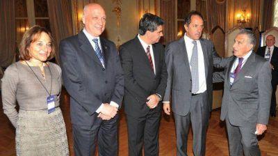 Kirchneristas, opositores y empresarios, unidos por el Council of the Americas