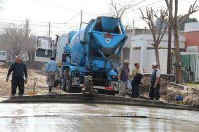 Siri se refirió al avance del pavimento y a las obras del Parque San Martín