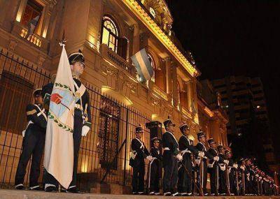Guardia de honor: se realizó el relevo histórico en Casa de Gobierno