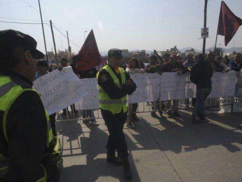 Otra protesta de taxistas y remiseros