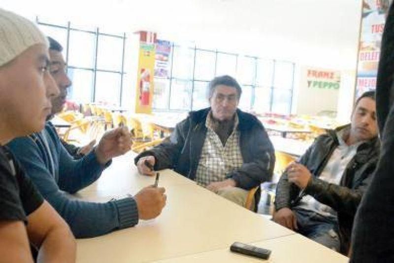 Grupo de transportistas reclaman por pagos no realizados desde el municipio