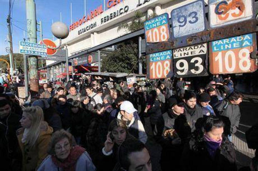 Subte: miles de pasajeros de a pie por un paro sorpresivo