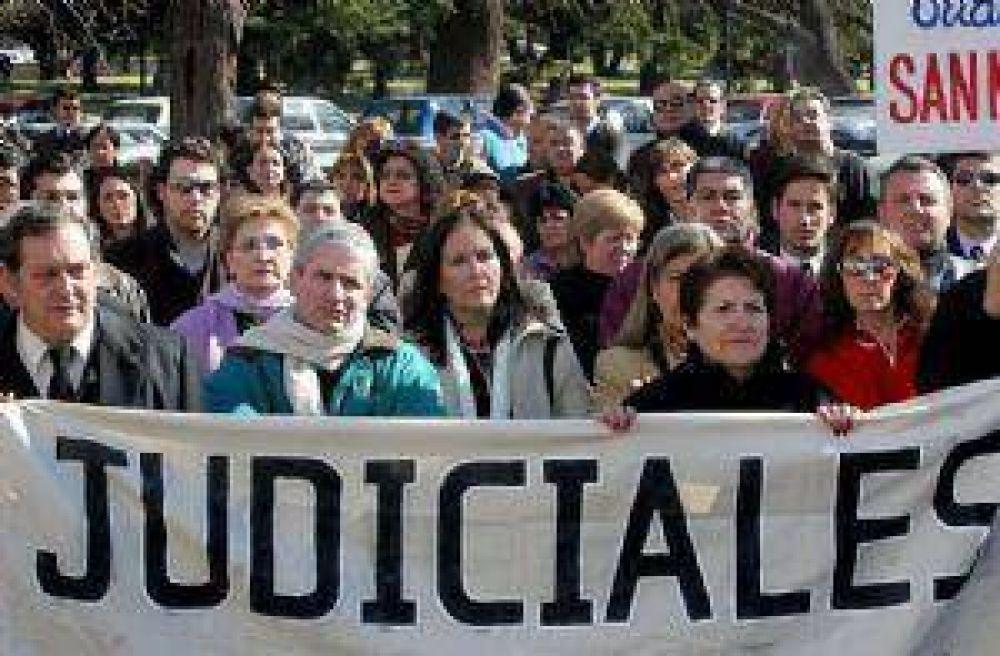El Gobierno paga el aumento a ATE, pero se complica con los judiciales