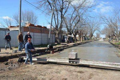 Gorosito anuncio la finalización de una nueva cuadra de pavimento en Saladillo