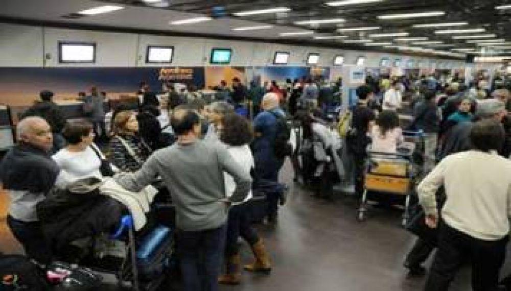 Conflicto LAN: confirman un paro para el jueves en todas la líneas aéreas
