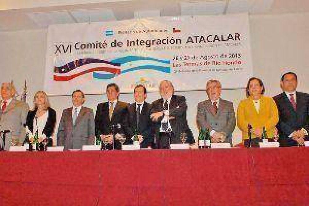 El gobernador Zamora encabezó la apertura del plenario de autoridades de Atacalar