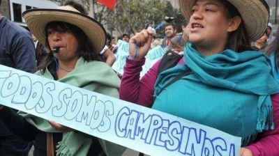 El Gobierno colombiano dialogar� con los campesinos para desactivar la protesta