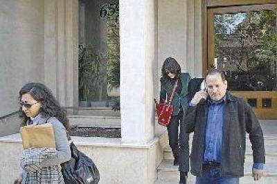 La defensa de Fuhr dijo que revelarán de quién era el dinero que manejaban