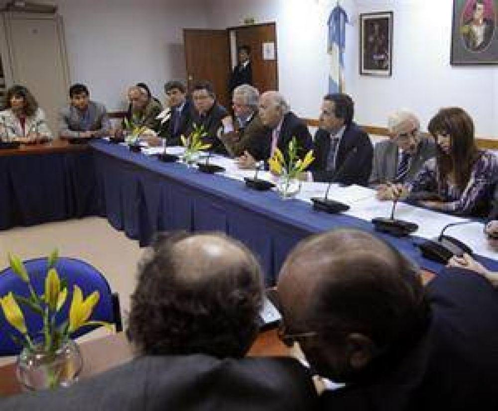 La oposición desafiará al Gobierno con un proyecto alternativo al decreto de Ganancias