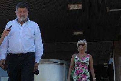 Citan a veinte empresarios de Tucumán por la contaminación del Embalse de Río Hondo