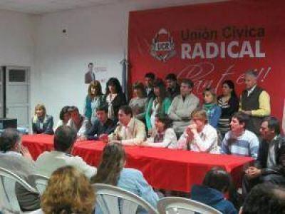 El Frente Cívico y Progresisto alineado detrás de Salvador Serenal