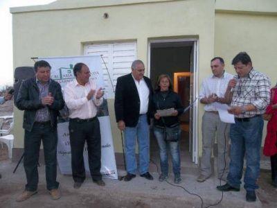 46 familias de Capital y Capayán recibieron sus viviendas
